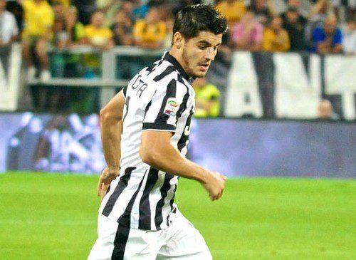 Milan, il papà di Morata conferma la corte dello United
