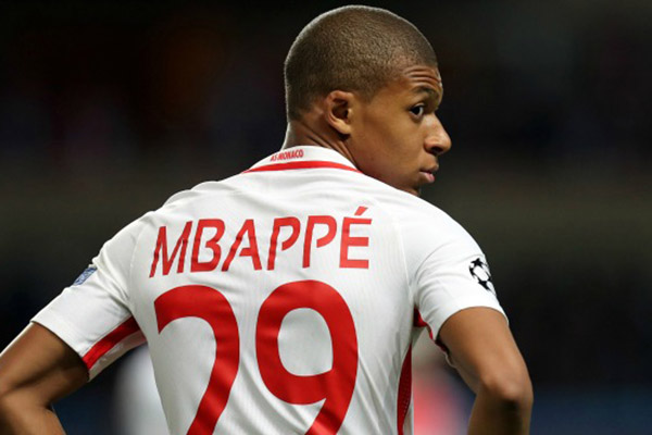 Infortunio Mbappé