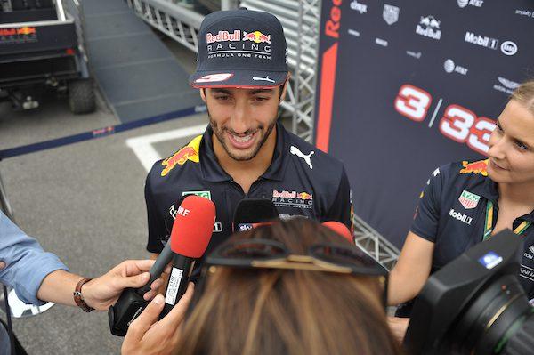A Baku seconde libere a Ricciardo (Red Bull)