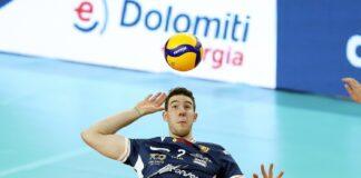 Lorenzo Cortesia in attacco con la maglia di Ravenna