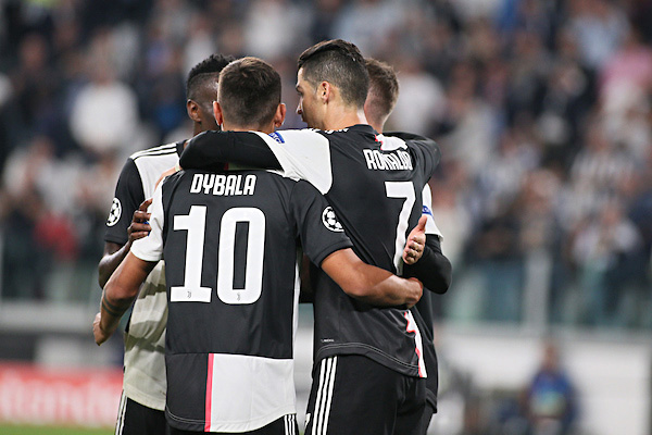 Juventus Verona 0-1 highlights
